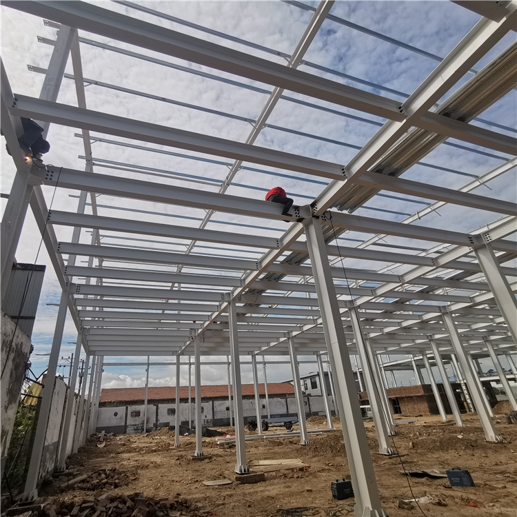 钢结构构件安装