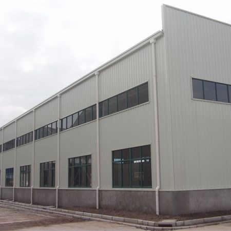 外挂天沟排水式钢结构厂房